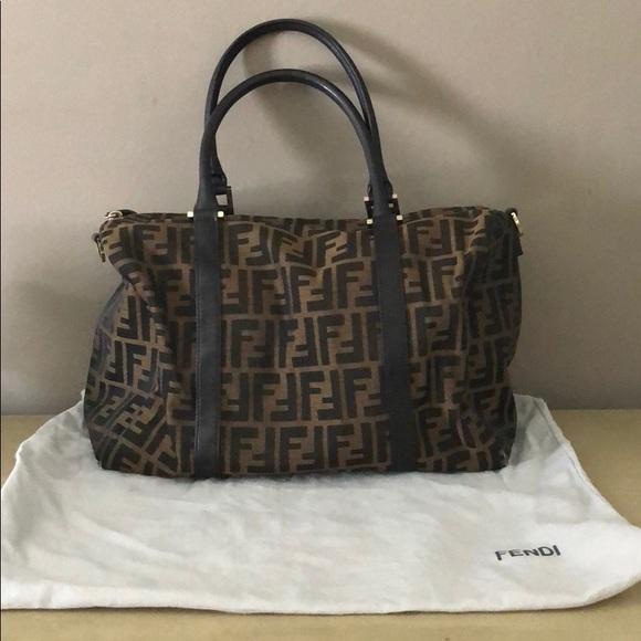 ded64fb527eb Fendi Handbags - Vintage Fendi Boston zucca chef bag ❤ 💜🧡